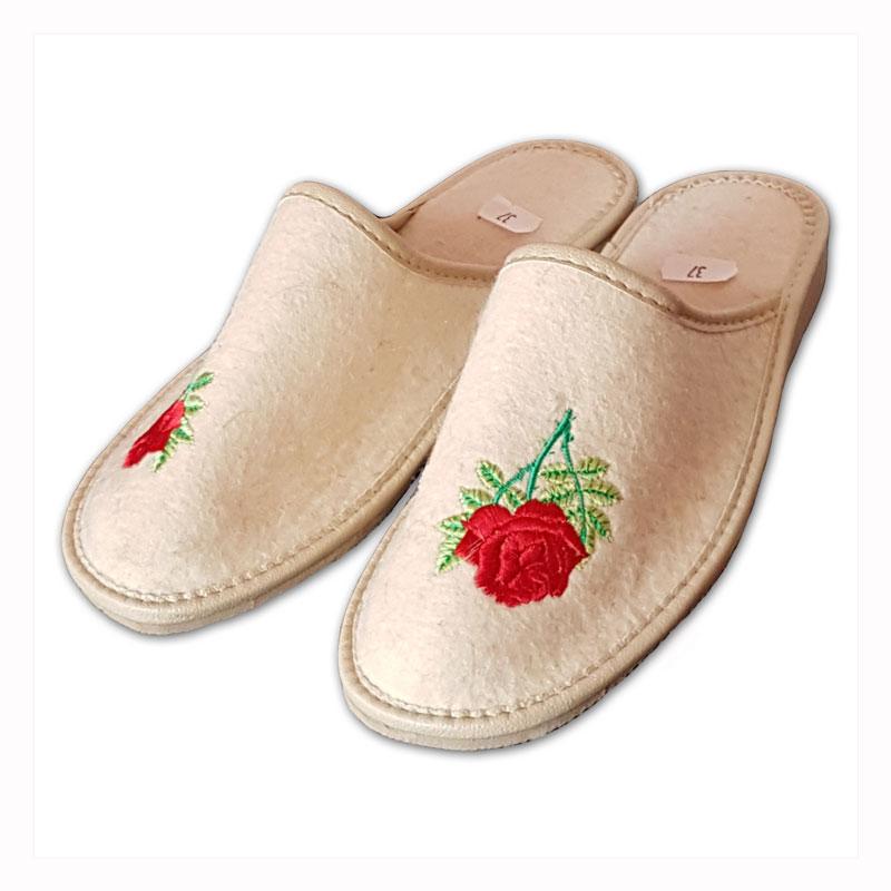 Dámské filcové pantofle s uzavřenou špicí - růže 38