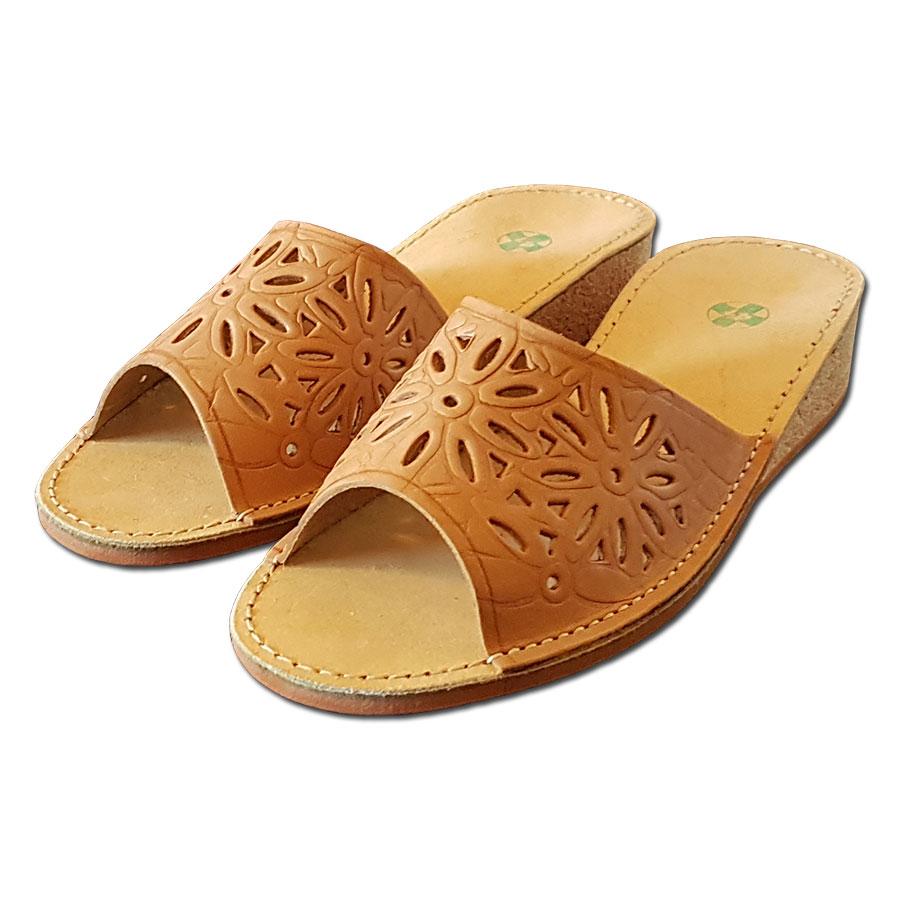 Pantofle korkové na klínku - 38