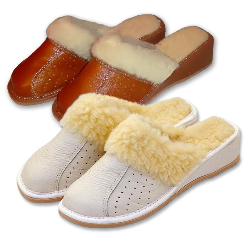 Dámské pantofle na klínku s ovčí vlnou  bílá 41